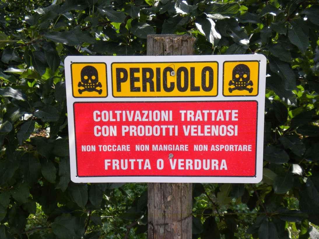 Risultati immagini per pesticidi